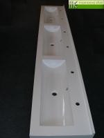 M.E. sro_umyvadlova deska Flexible47 se 3 zlaby 80cm dlouhymi_3cm zadni soklik_Waschrinne nach Mass mit 3 Rinnen 80cm lang