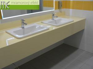 Vědeckotechnologický park Ostrava_umyvadlové desky Flexible60_10cm zadní soklík_25cm přední čela_RAL modrá a žlutá